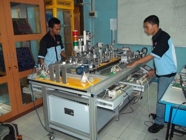 Lab Mekatronik