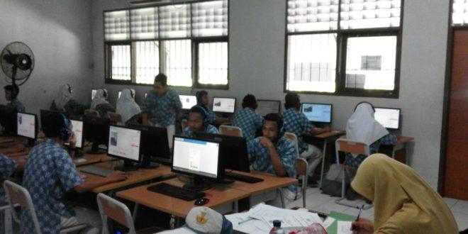 Pelaksanaan Try Out Gunadarma di SMKN 4 Jakarta