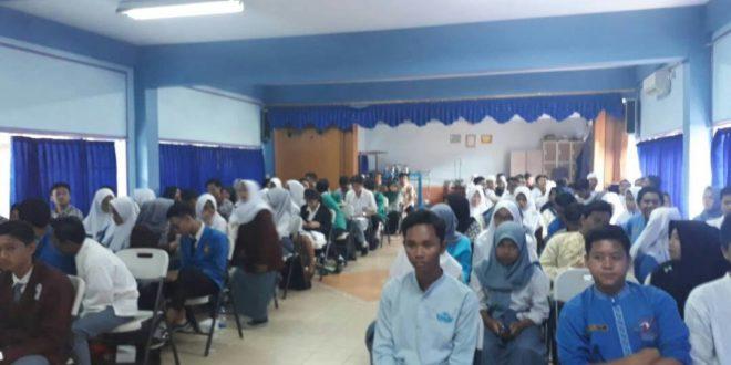 Seminar Penguatan Karakter Siswa SMK di Perguruan Cikini